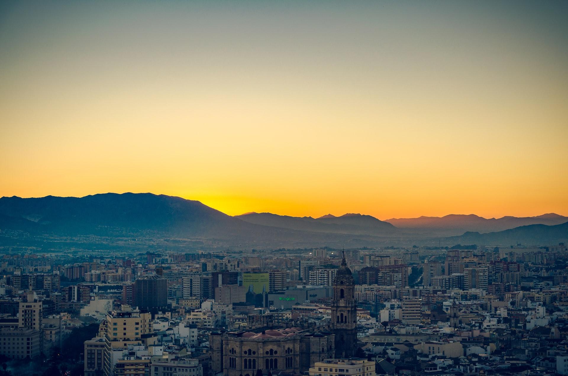Imagen de la noticia El área de Participación Ciudadana del Ayuntamiento de Málaga y la Asociación Arrabal-AID convocan los Premios Innosocial Málaga